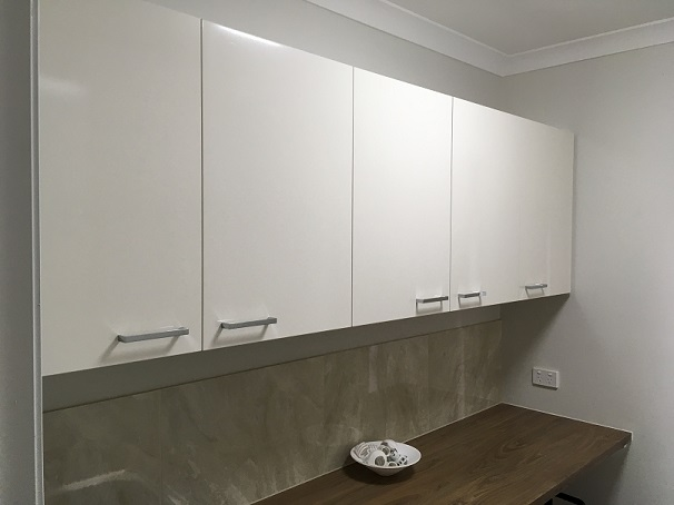 Laundry Overheads and benchtop