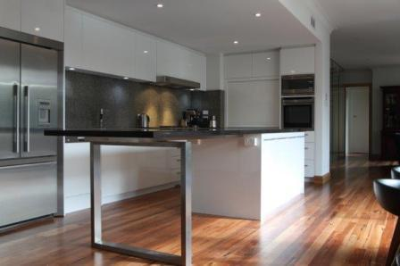 Modern kitchen East Bentleigh
