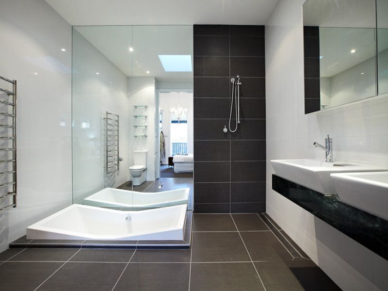 Ultra modern bathroom with vanity