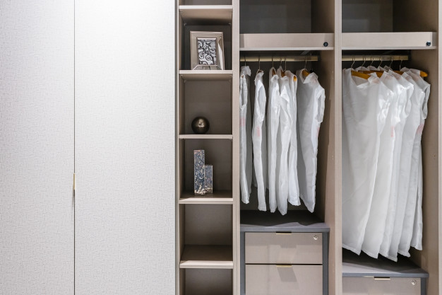 Ensuite Walk in Wardrobes